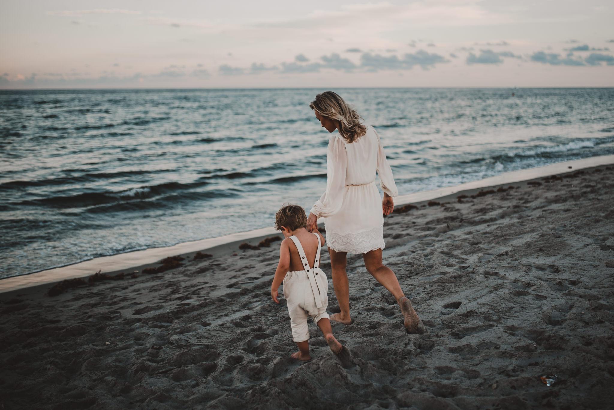 twyla jones photography - treasure coast florida - mother son at the beach--7.jpg