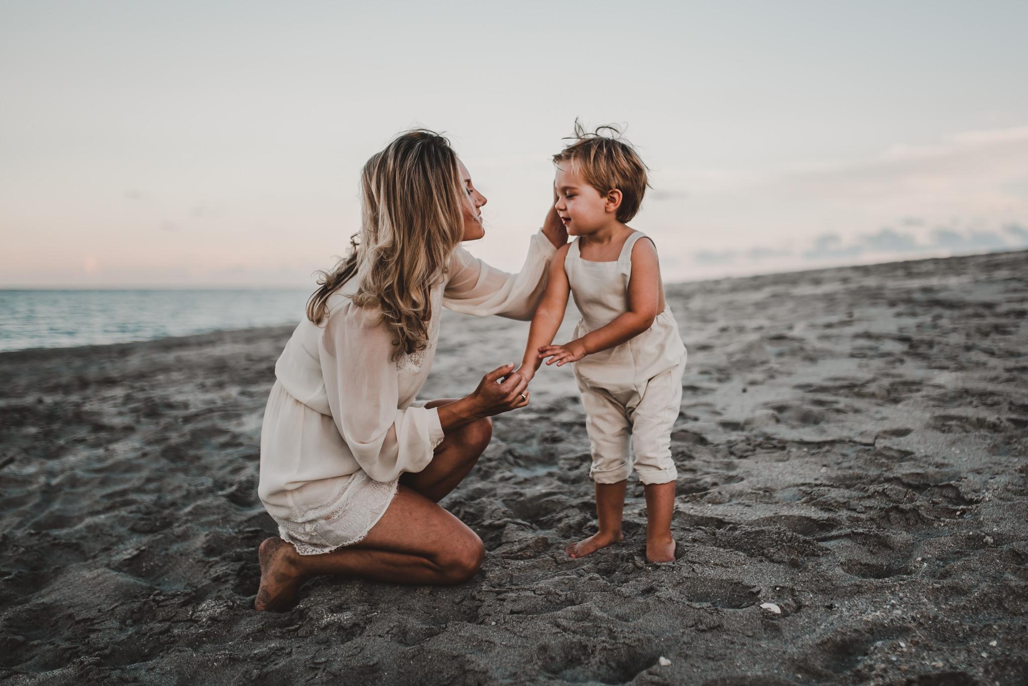 twyla jones photography - treasure coast florida - mother son at the beach--4.jpg