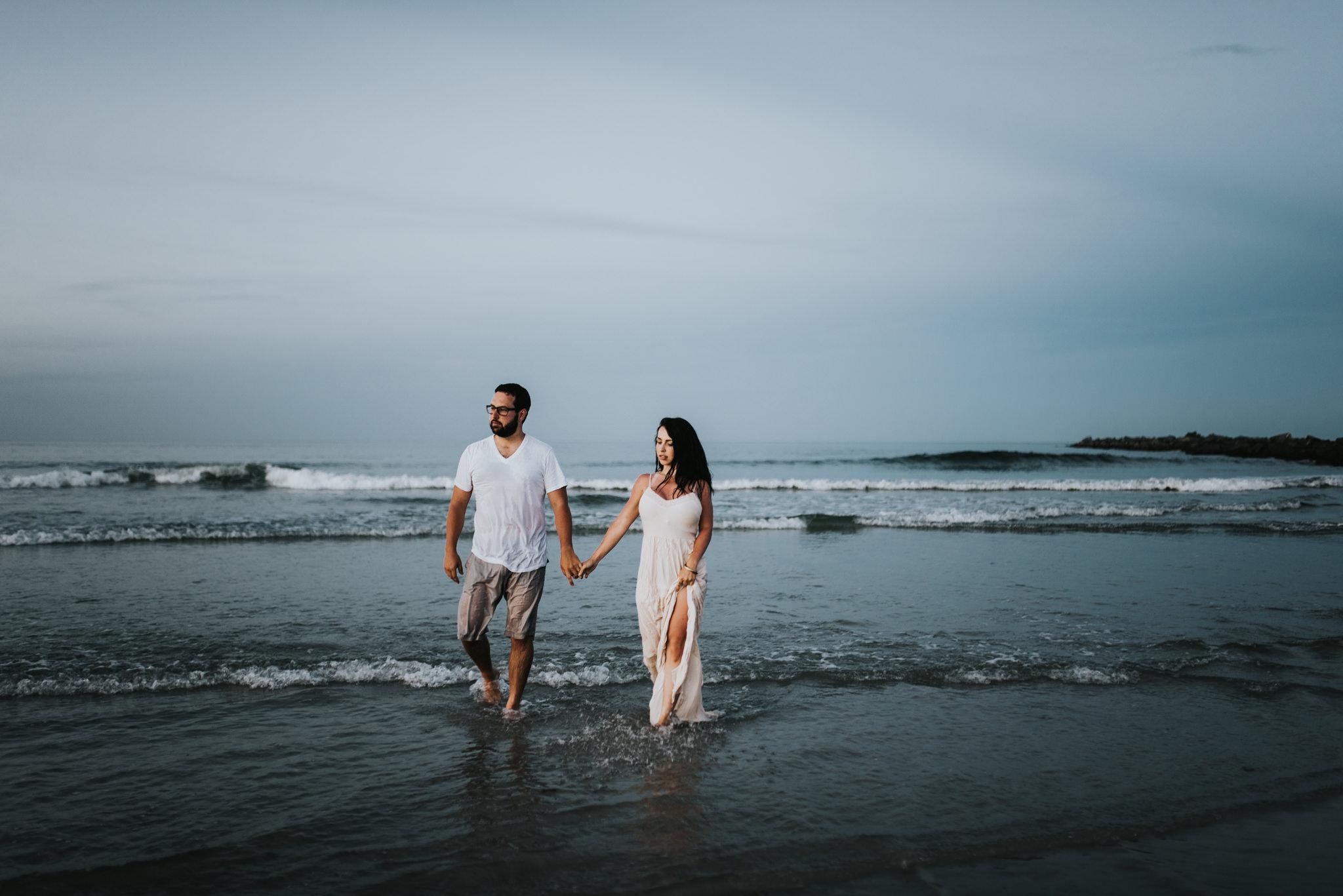 twyla jones photography - treasure coast florida - romantic anniversary session at the beach--21.jpg