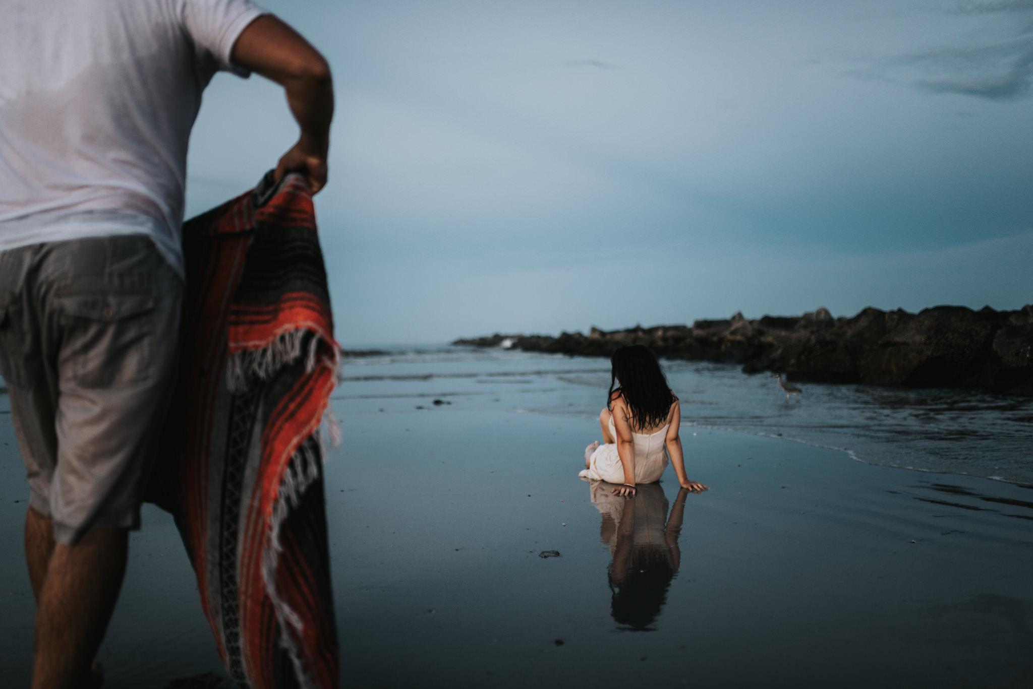 twyla jones photography - treasure coast florida - romantic anniversary session at the beach--23.jpg