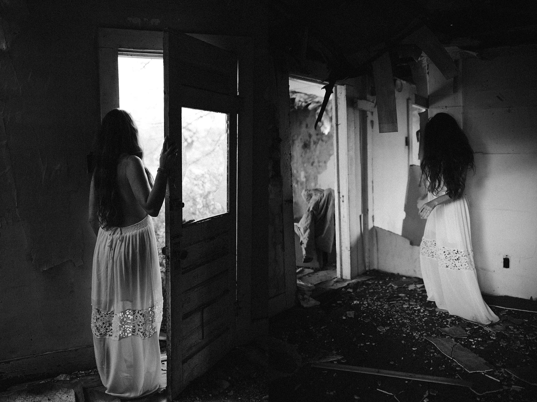 twyla jones photography - west palm beach florida photographer - boudoir in an old house-4911_treasure coast florida-1.jpg