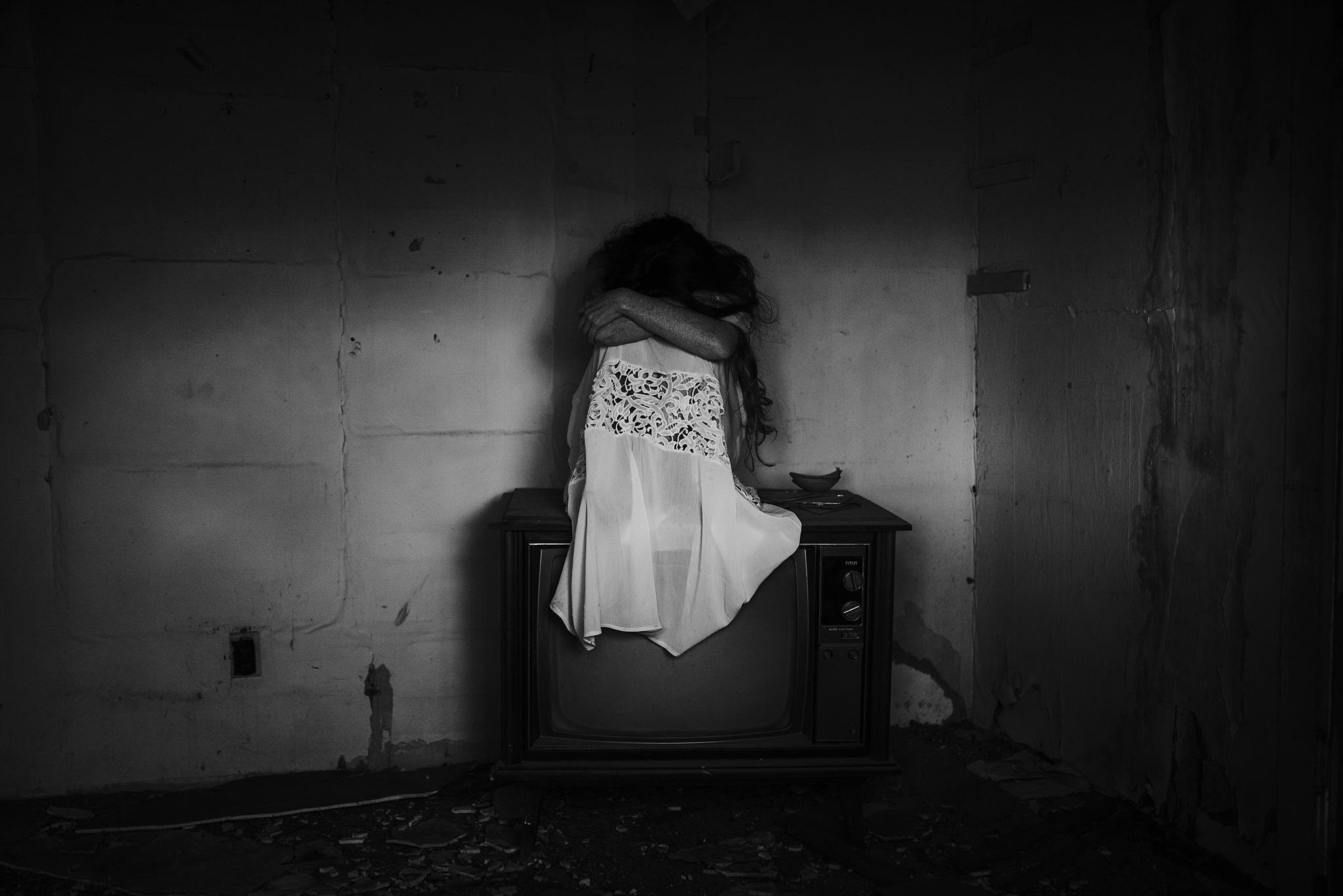 twyla jones photography - west palm beach florida photographer - boudoir in an old house-5105_treasure coast florida.jpg