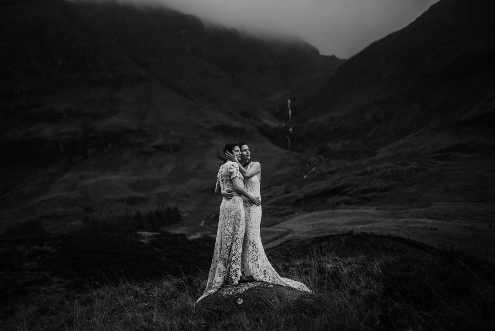 twyla jones photography - scotland glencoe moody same sex elopement brides -53.jpg