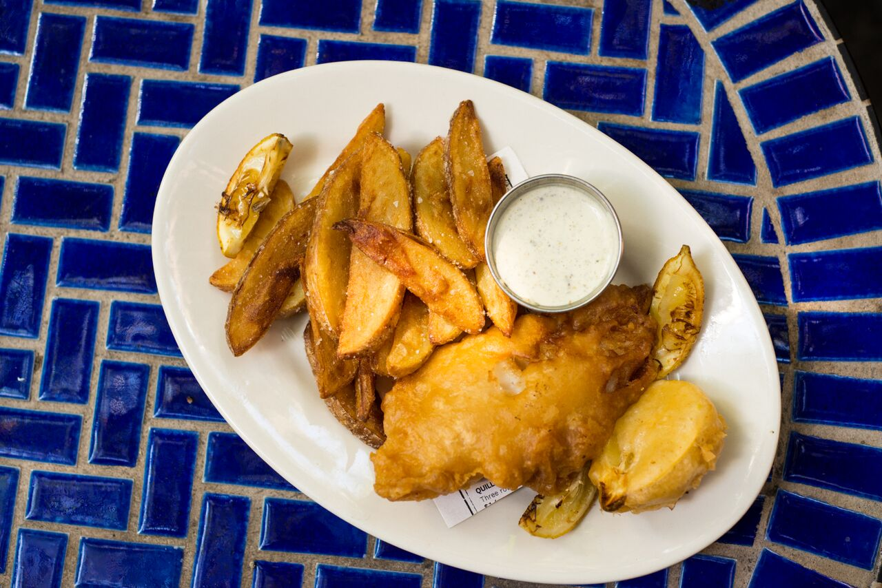 HILLIARD'S BOOMBOX IPA BATTERED FISH & CHIPS   Housemade tartar sauce, fried lemon wedges, handcut Yukon Gold fries