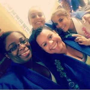 Women Jiu Jitsu
