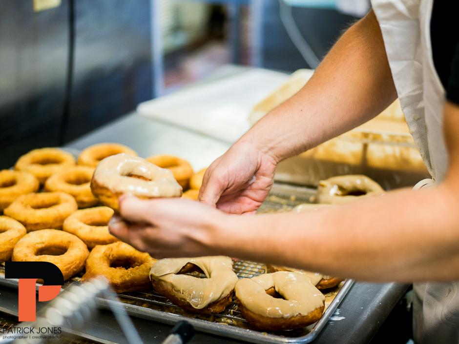 holy-donuts-portland-maine-photogrpahy-19.jpg