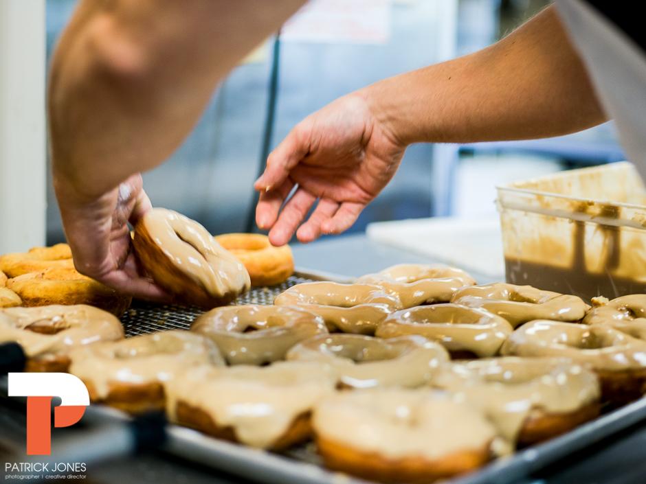 holy-donuts-portland-maine-photogrpahy-22-2.jpg