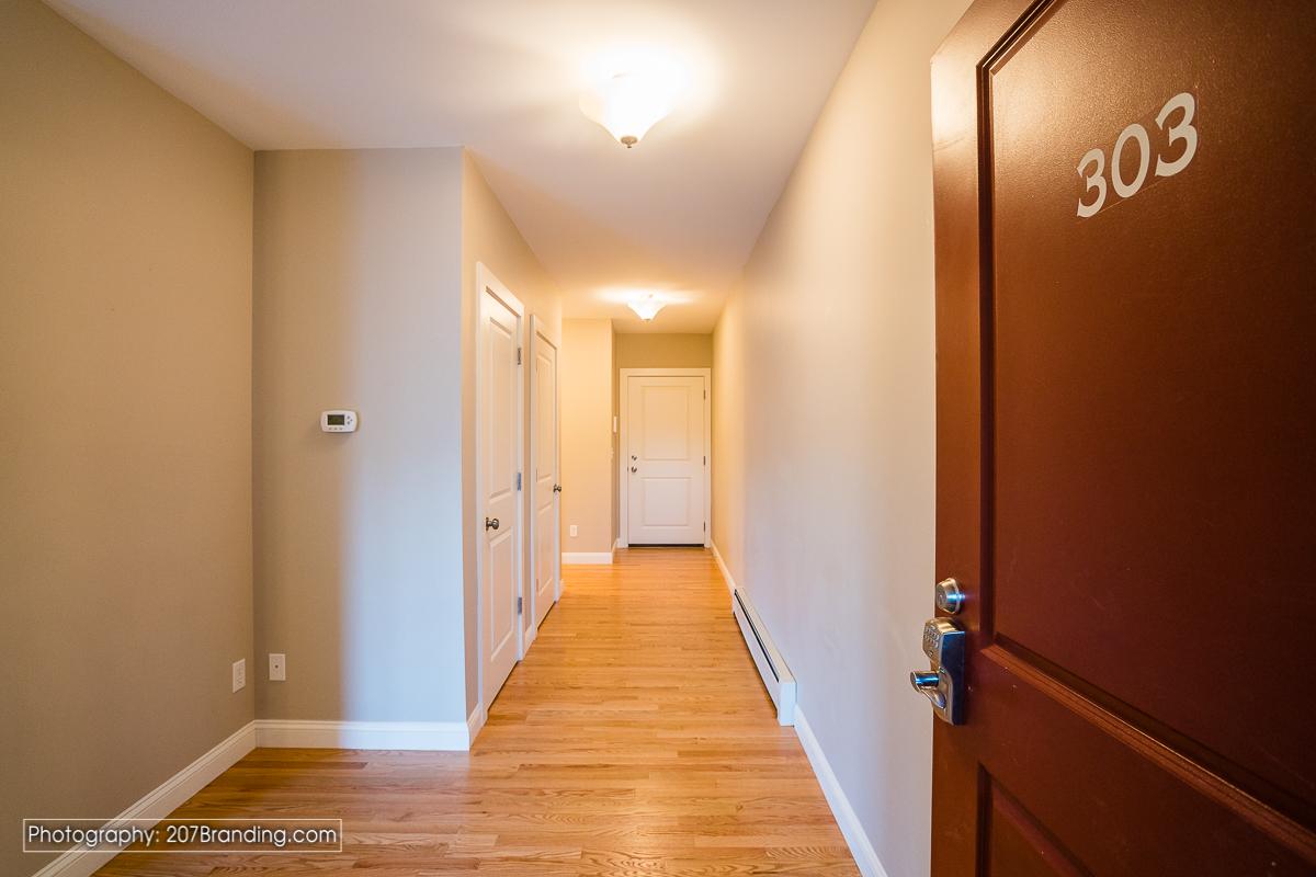 South-Portland-Real-Estate-Photographer-10.jpg