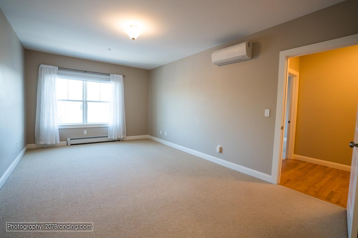 South-Portland-Real-Estate-Photographer-20.jpg