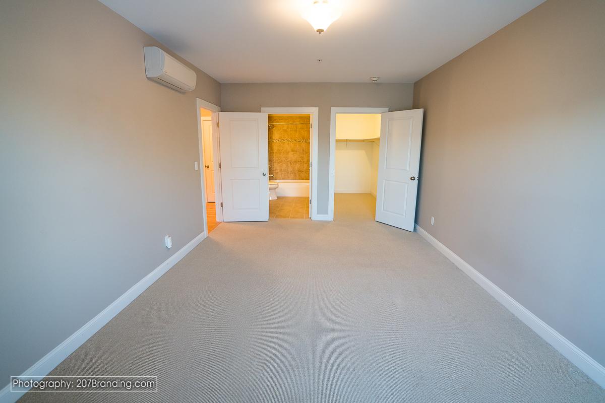 South-Portland-Real-Estate-Photographer-21.jpg