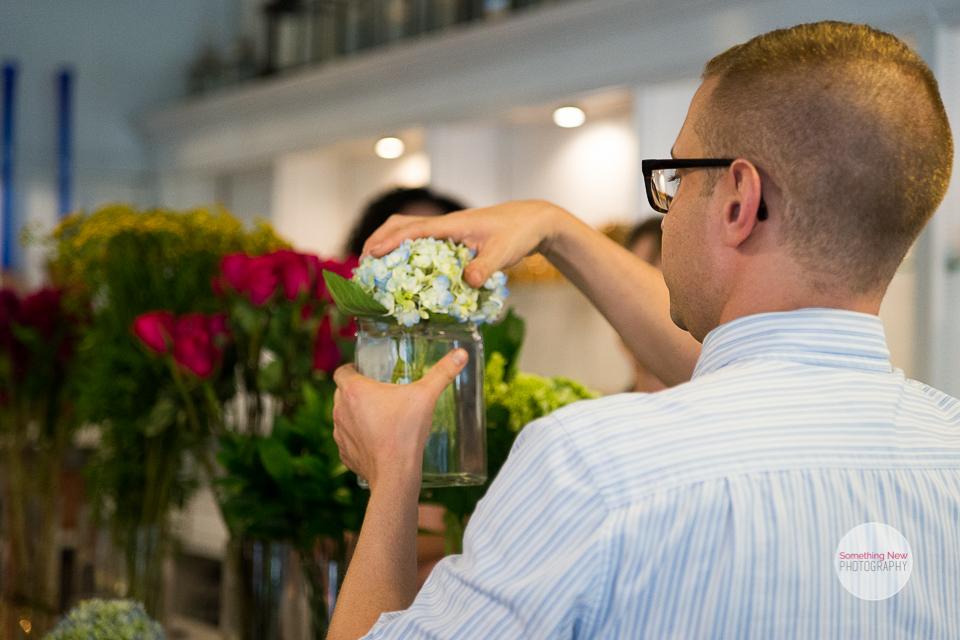 portland-maine-wedding-photographer-sawyer-co-flower-happy-hour12.jpg