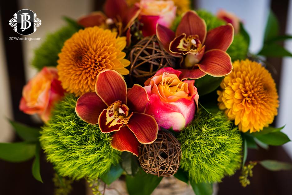 harmons-bartons-fall-arrangements-portland-maine-wedding-photographer-11.jpg