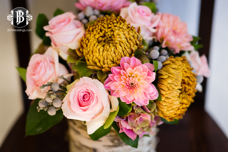 harmons-bartons-fall-arrangements-portland-maine-wedding-photographer-20.jpg