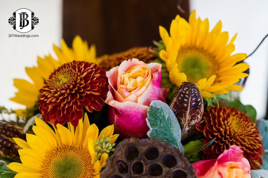 harmons-bartons-fall-arrangements-portland-maine-wedding-photographer-48.jpg