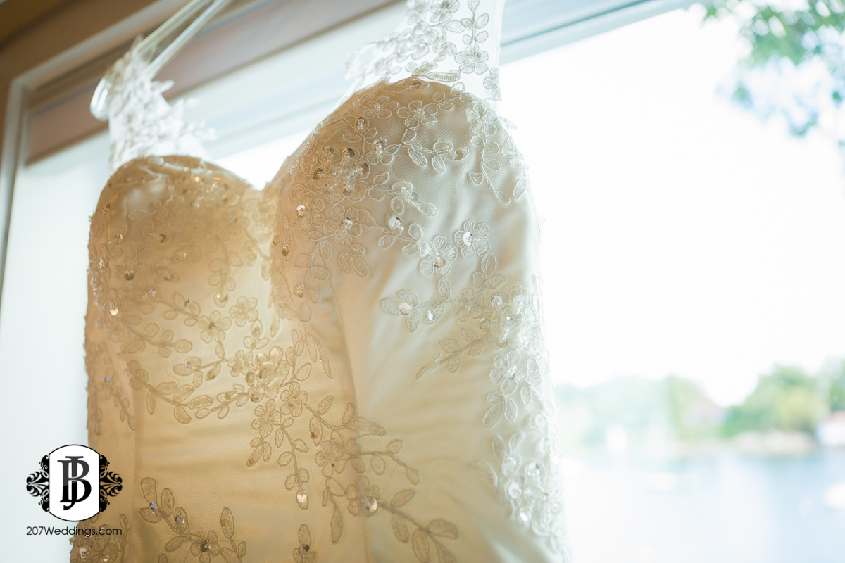 kyle-emily-boothbay-harbor-wedding-photographer-1-2.jpg