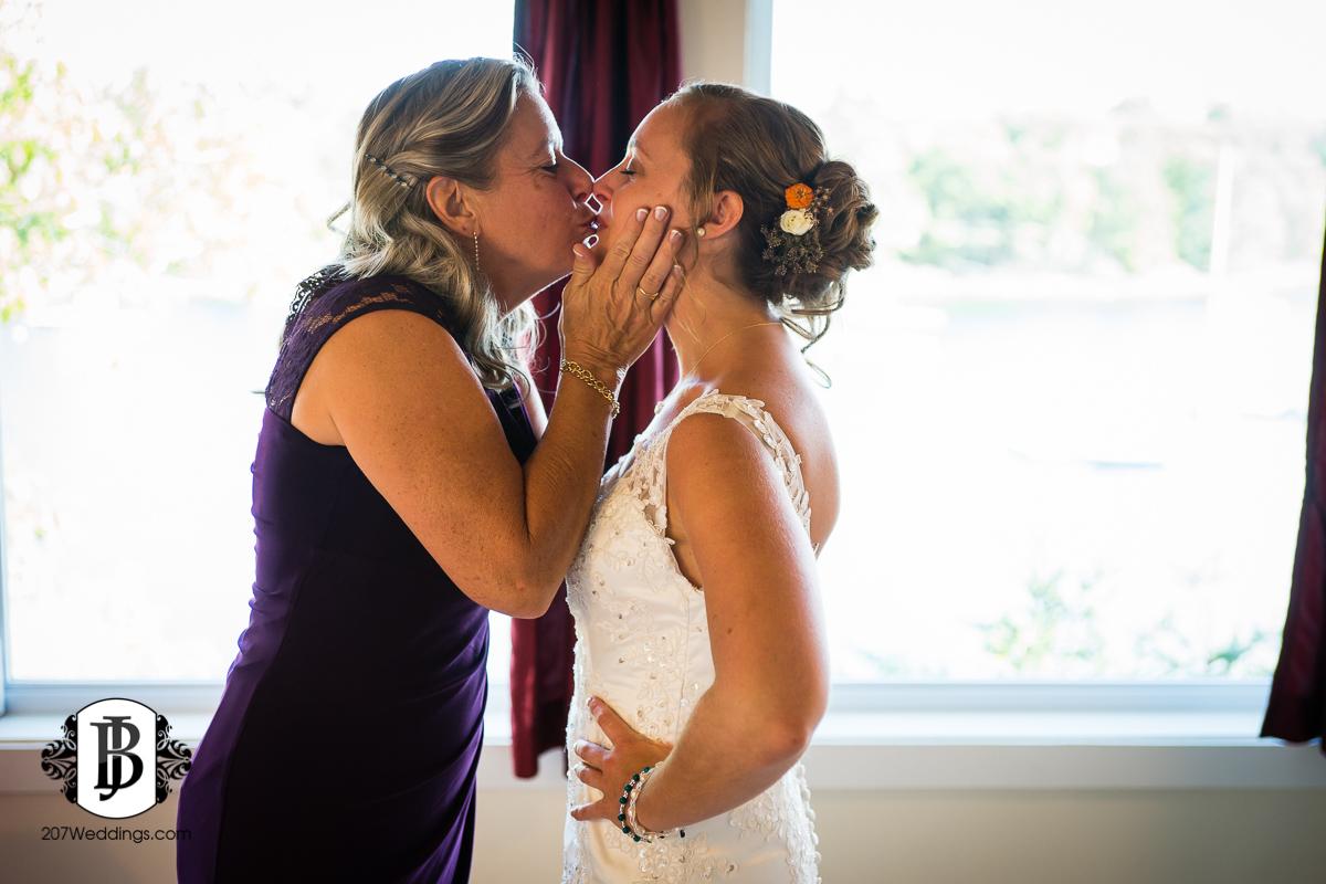 kyle-emily-boothbay-harbor-wedding-photographer-7-2.jpg