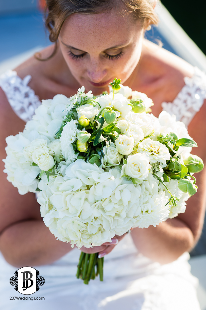 kyle-emily-boothbay-harbor-wedding-photographer-16-2.jpg