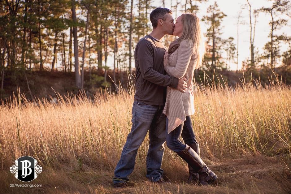 maine-wedding-photographers-alise-nate-engagement-460.jpg