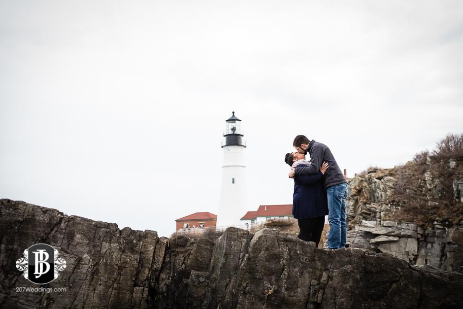 surprise-proposal-photos-portland-maine-jordan-chelsie-2.jpg