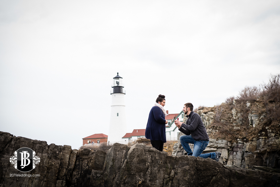 surprise-proposal-photos-portland-maine-jordan-chelsie-3.jpg