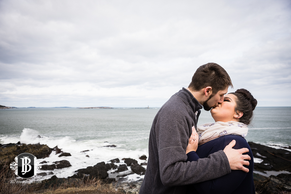 surprise-proposal-photos-portland-maine-jordan-chelsie-11.jpg