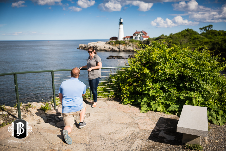 chris-khrystyna-ft-williams-maine-proposal-photographer-2.jpg