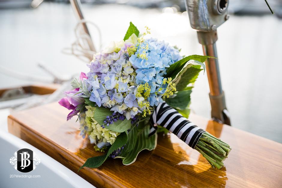 portland-maine-elopement-photographers-portland-calendar-island-sailing-co-7.jpg