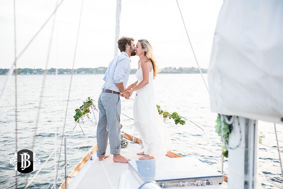 portland-maine-elopement-photographers-portland-calendar-island-sailing-co-10.jpg