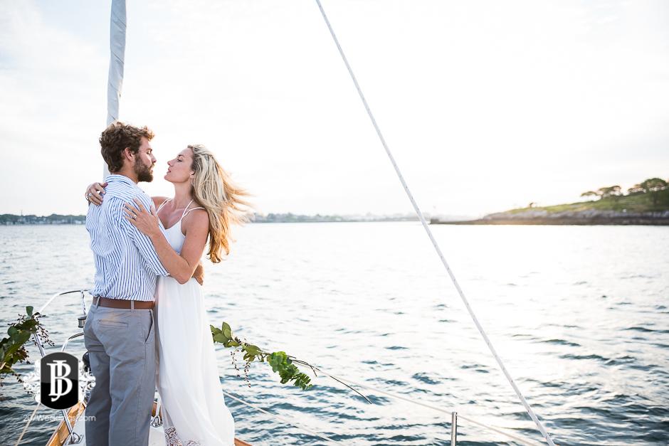 portland-maine-elopement-photographers-portland-calendar-island-sailing-co-11.jpg