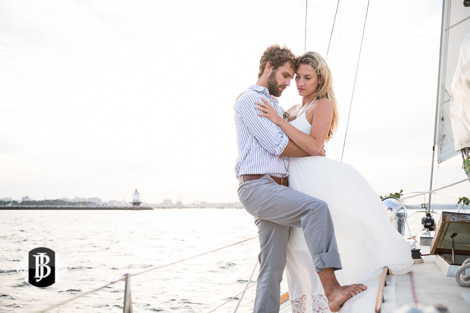 portland-maine-elopement-photographers-portland-calendar-island-sailing-co-13.jpg