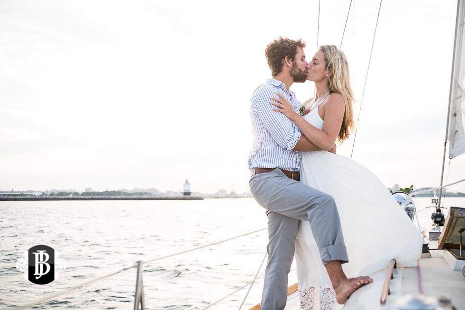 portland-maine-elopement-photographers-portland-calendar-island-sailing-co-14.jpg