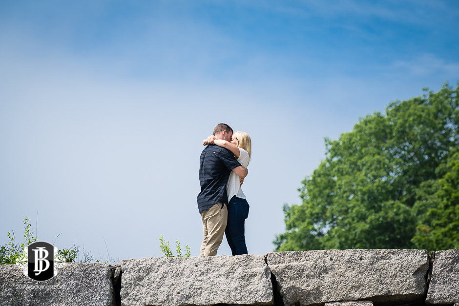 proposal-photographers-in-portland-maine-stew-angela-mackworth-island-4.jpg