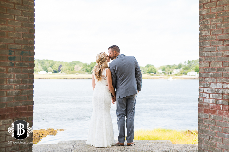 wedding-photographers-in-portland-maine-chelsea-derek-6.jpg