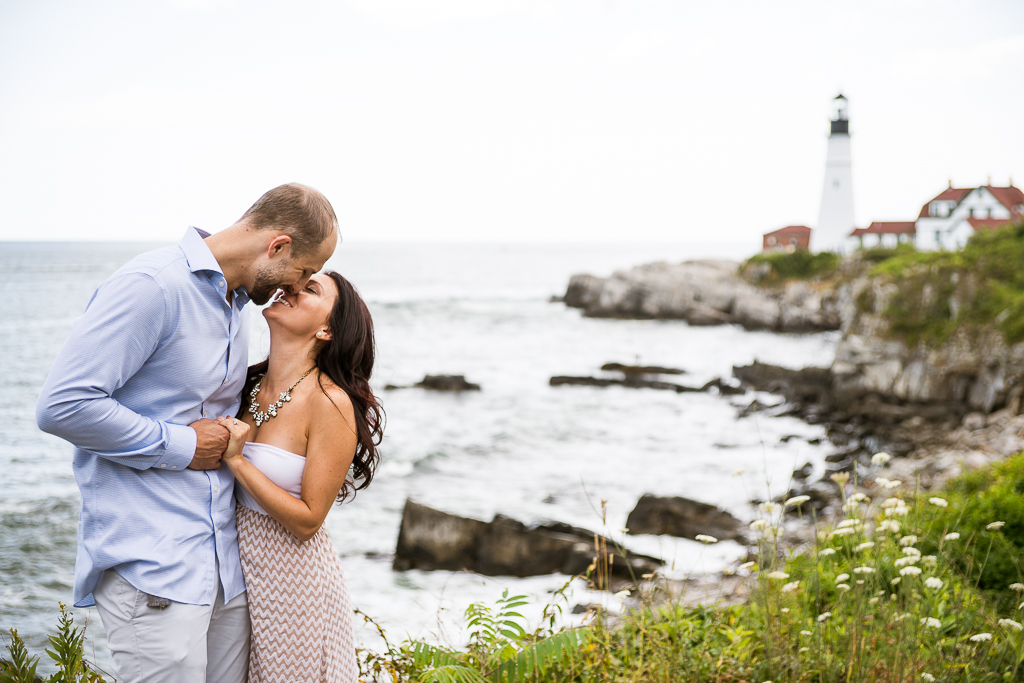 portland-headlight-maine-proposal-photographers-rose-leif-14.jpg
