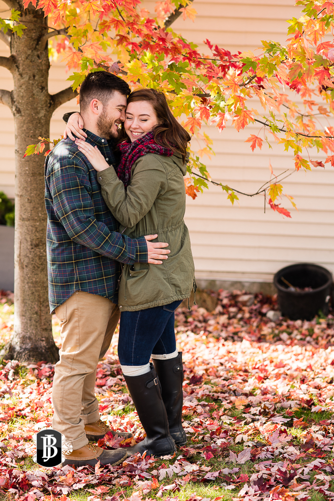 kennebunk-photographers-brandon-gabi-surprise-proposal-13.jpg