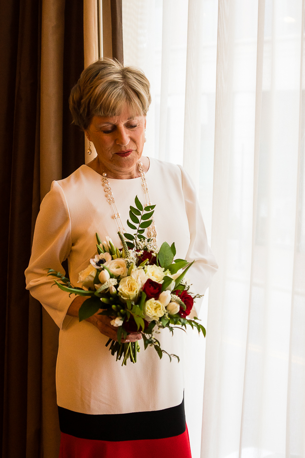 portland-maine-elopement-photographer-portland-harbor-hotel-8.jpg