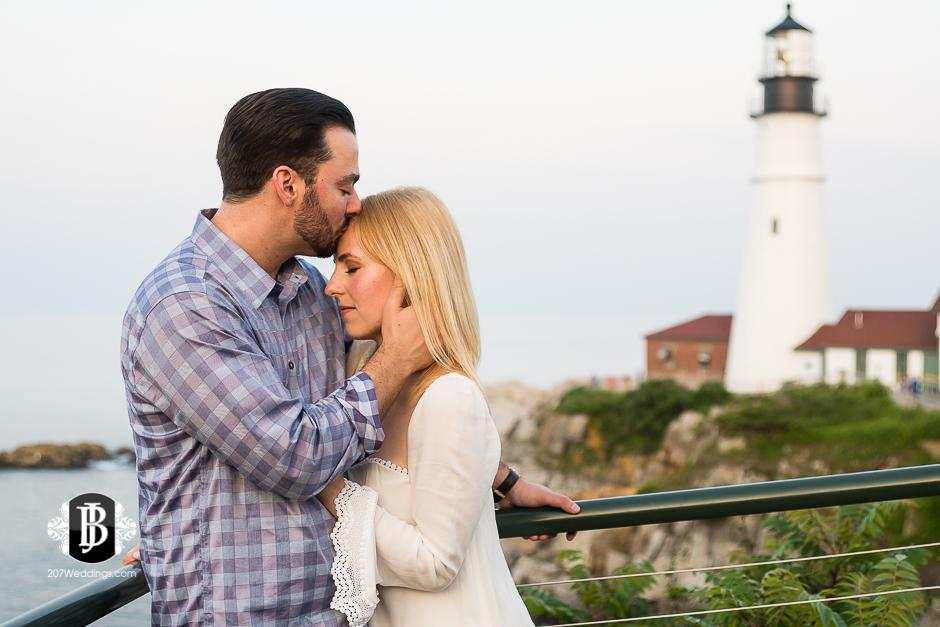photographers-near-portland-me-portland-headlight-marriage-proposal-tyler-rachel-6.jpg