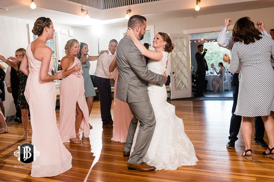 chuck-theresa-york-tennis-golf-club-wedding-photographers-near-york-maine-5.jpg