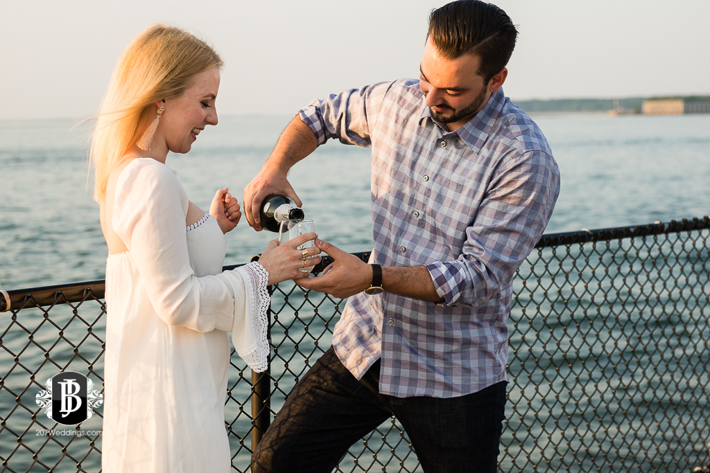 photographers-near-portland-me-portland-headlight-marriage-proposal-tyler-rachel-5.jpg