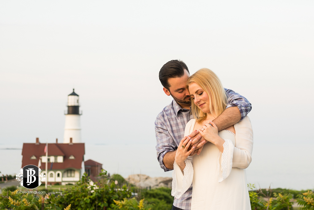 photographers-near-portland-me-portland-headlight-marriage-proposal-tyler-rachel-9.jpg