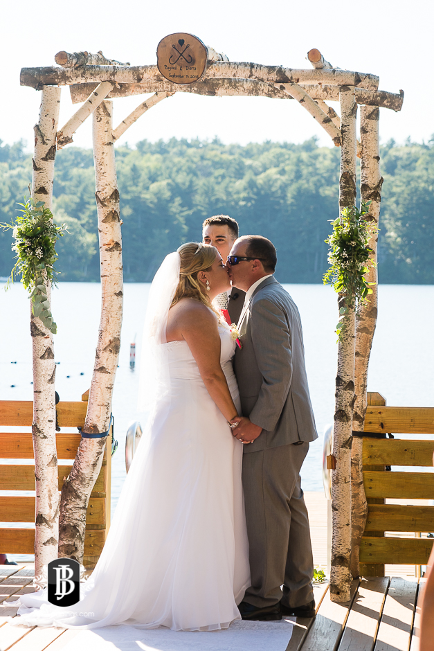 wedding-photographers-near-naples-maine-camp-skylemar-diana-bayard-5.jpg