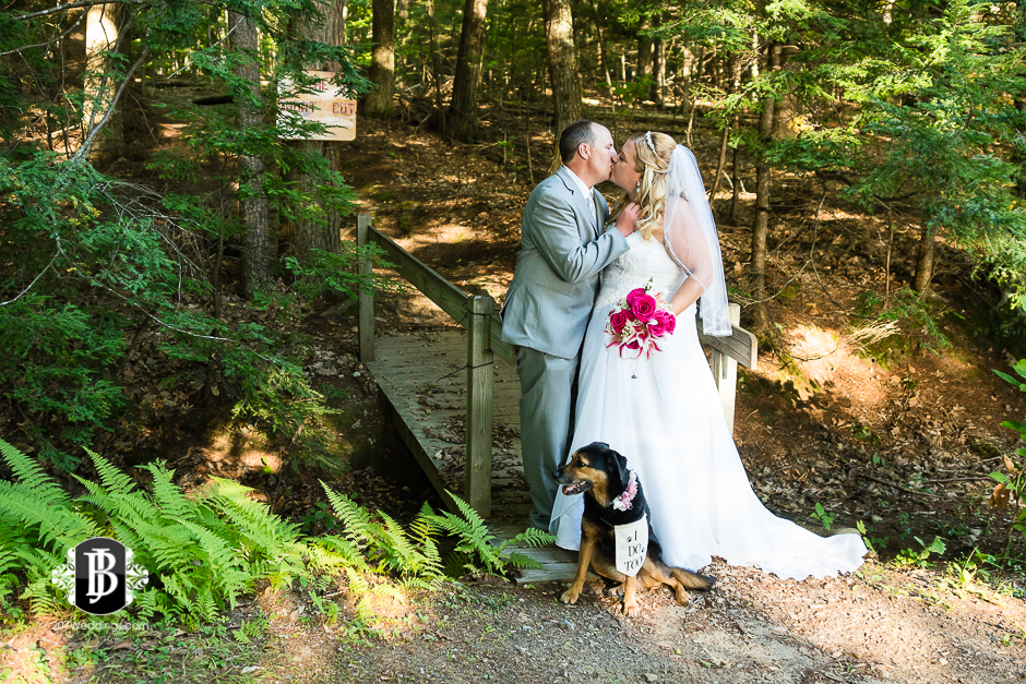 wedding-photographers-near-naples-maine-camp-skylemar-diana-bayard-14.jpg