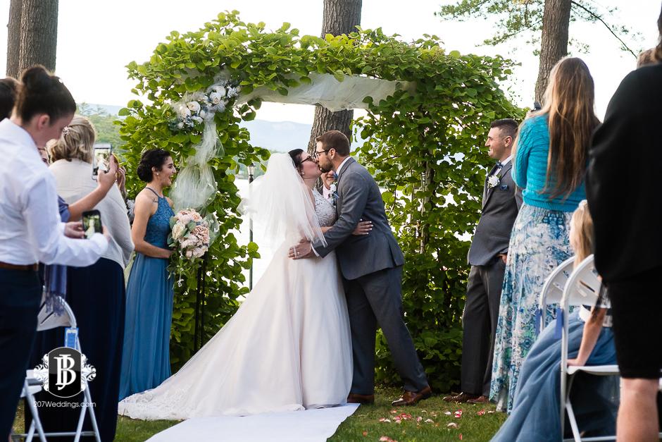 jill-alex-wedding-photographers-near-fryeburg-maine-6.jpg