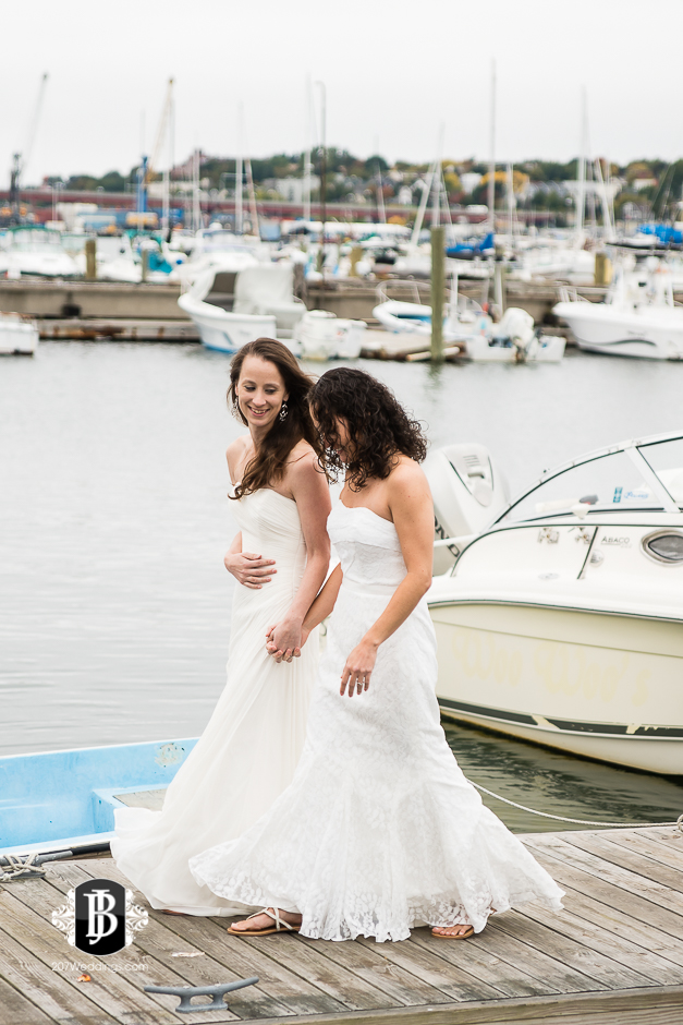 amanda-marjorie-wedding-photographers-south-portland-maine-4.jpg
