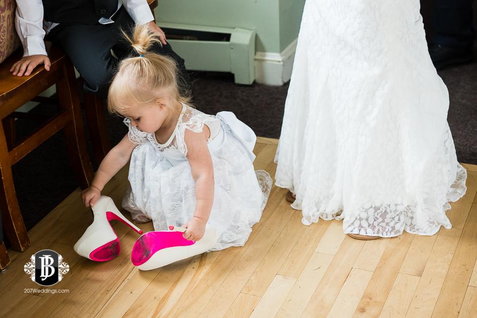 amanda-marjorie-wedding-photographers-south-portland-maine-5.jpg