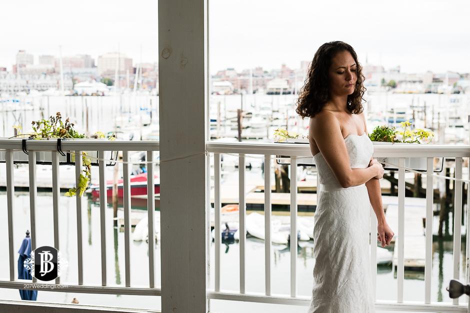 amanda-marjorie-wedding-photographers-south-portland-maine-16.jpg