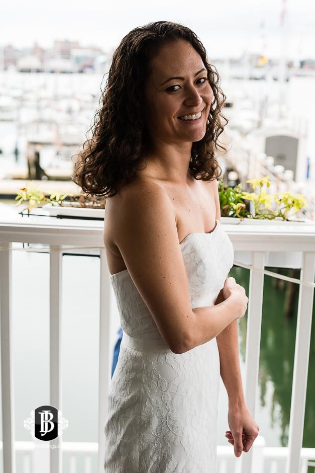 amanda-marjorie-wedding-photographers-south-portland-maine-17.jpg