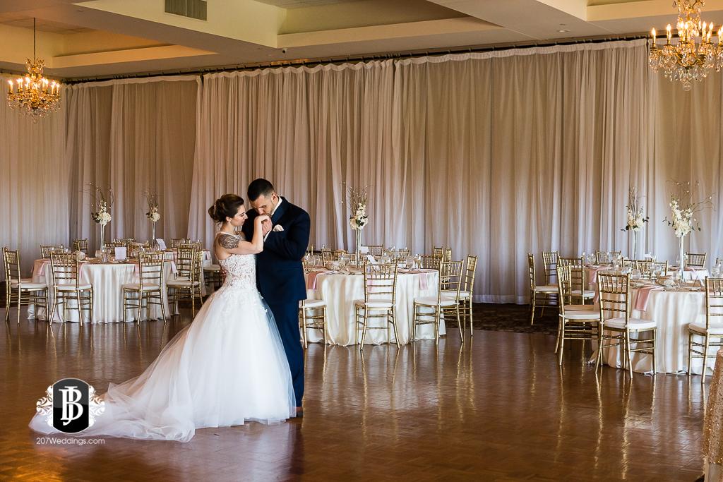 joe-toni-kirkbrae-country-club-new-england-wedding-photographers-8.jpg