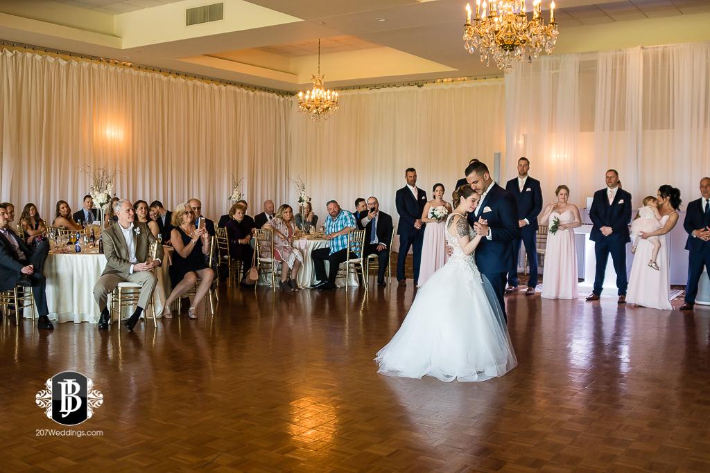 joe-toni-kirkbrae-country-club-new-england-wedding-photographers-11.jpg
