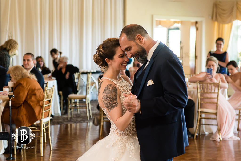 joe-toni-kirkbrae-country-club-new-england-wedding-photographers-13.jpg